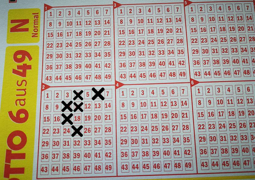 Mit den Zahlen 4-6-10-11-17-25 (=73) und der Superzahl 5 gewann ein Niedersachse im Lotto-Jahr 2018 stolze 8.299.495,40 Euro.