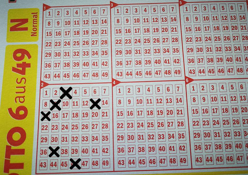 Der größte Jackpot des Lotto-Jahres 2018 wurde mit den Gewinnzahlen 3-9-13-15-37-46 geknackt.